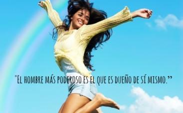 mujer-saltando-arcoiris